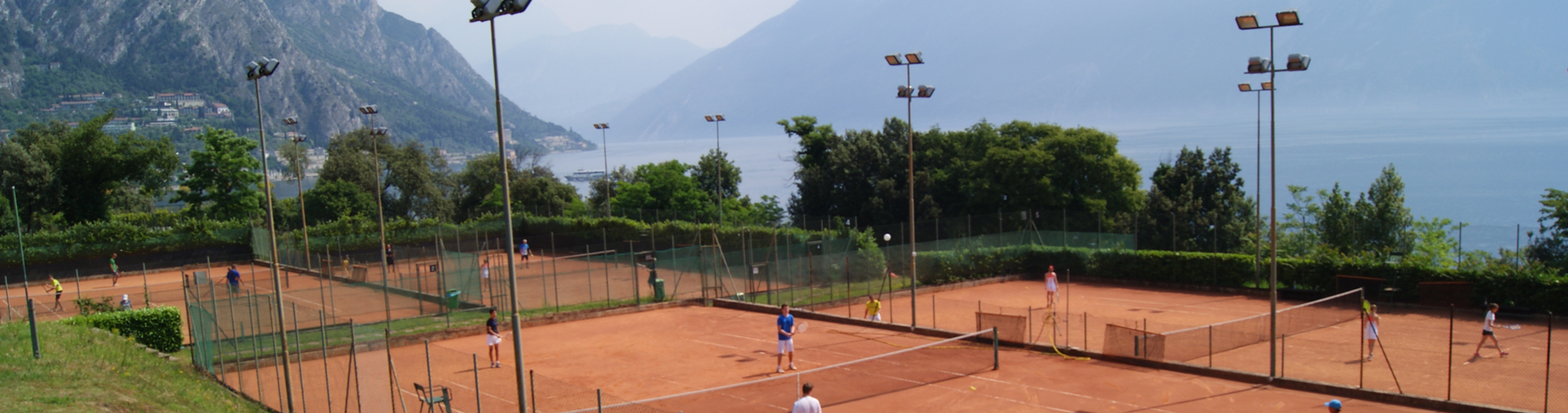 Tennistraining im Tennis-Center Torcol in Limone sul Garda